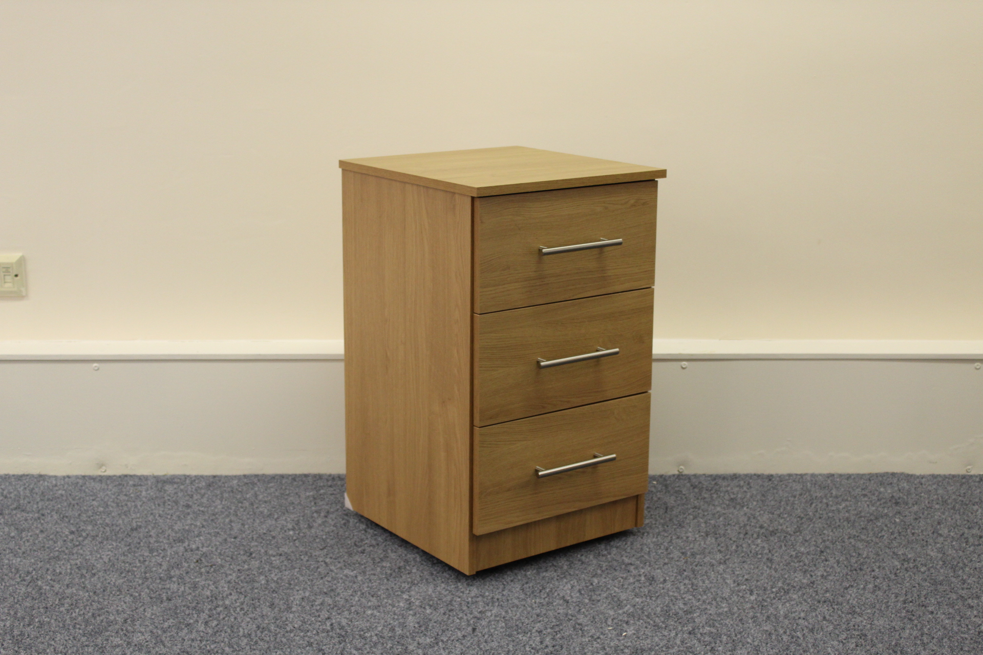 Ravenna Oak 3 Drawer Bedside Shipcote Furniture
